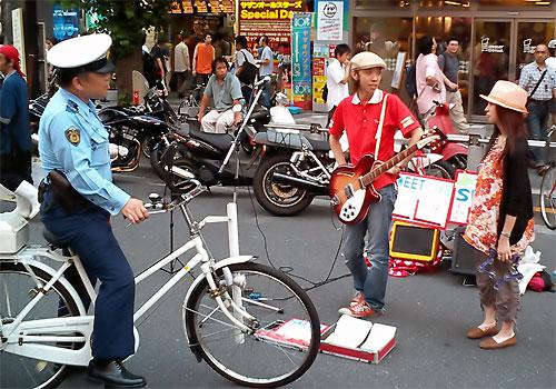 http://www.karlson.ru/lj/street_singers10.jpg