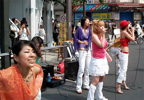 http://www.karlson.ru/lj/street_singers20.jpg